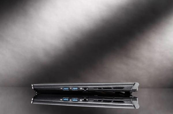 Nexoc GC5 Gaming Laptop schmal